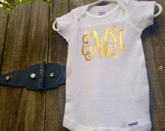 Baby girl personalized bodysuit, vine monogrammed bodysuit, coming home outfit, baby shower gift, infant outfit
