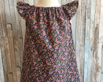 Hübsche Kleinkind Kleid, Größe 18 bis 24 Monate, Ditsy Blume, Puff-Ärmel, Sommerkleid, leicht und kühl, Baumwolle Rasen, bereit, post, Datum zu spielen