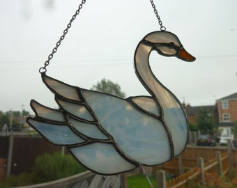 Swan stained glass suncatcher,Bird suncatcher.