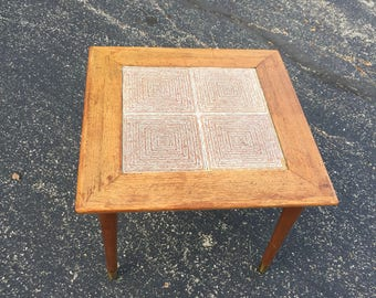 Etonnant Reclaimed Tile Inlay End Table Mid Century Modern