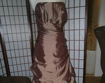 Women's Strapless Formal Gown - Mocha