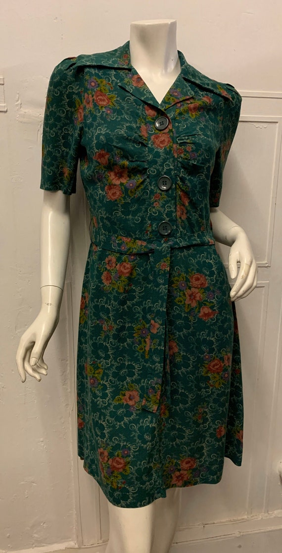 1970s Green Floral 40s Style Dress with Puffed Sho