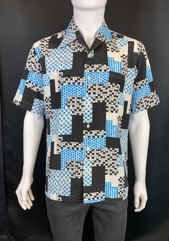 1970s Shirt with Geometric Print and Dagger Collar