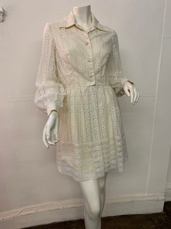 Vintage 1960s Lace Mini Dress with Puffed Bishop S