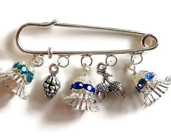 Kilt pin brooch with silver pine cone acorns and flowers with coloured crystals