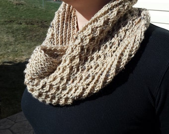 Honeycomb Cowl hand knit