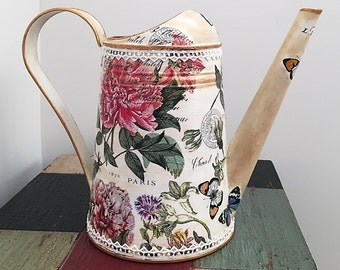 Metal Watering Can, Vintage Water Can, Retro Watering Can, Garden Can, Flower Vase - RETRO STYLE