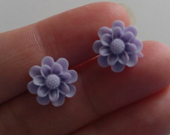 Mum Flower Stud Earrings