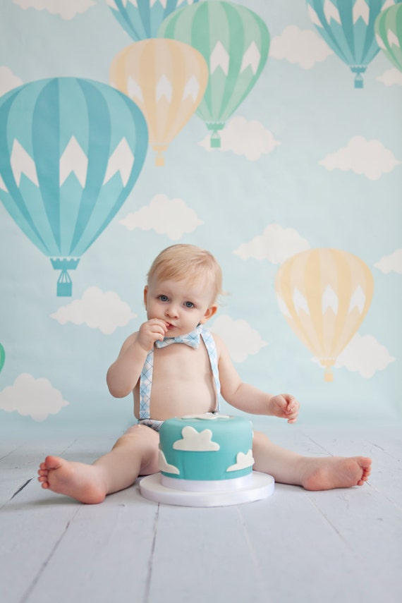 Whats Wrong With Velcro >> Hot air balloon first birthday balloon birthday boys cake