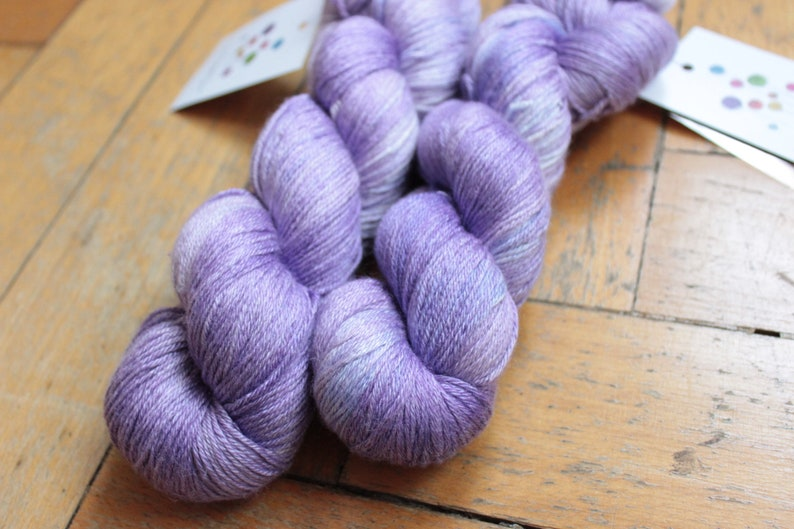 400 m100g BFL crochet silk knit hand dyed silk mix BFL fingering wool Luna