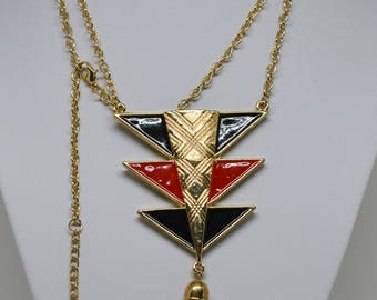 Gorgeous Gold Tone and enamel Necklace
