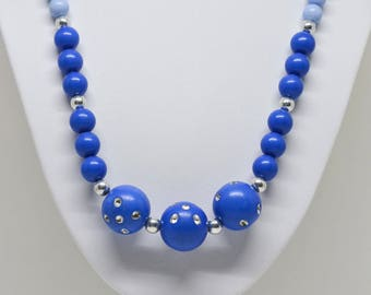 Charming Blue color Beaded Necklace