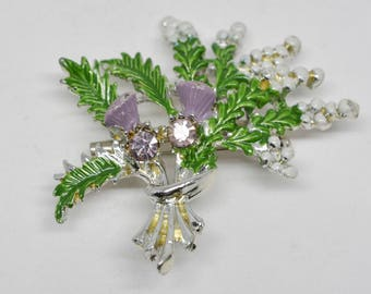 Lovely Christmas Winter Ornament Brooch