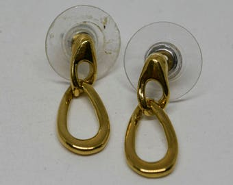 Lovely pair gold tone earrings