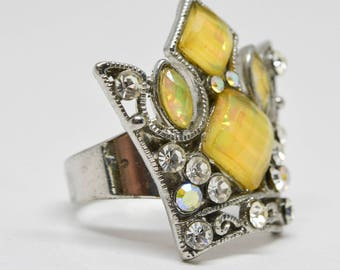 Large Crown Silver tone ring