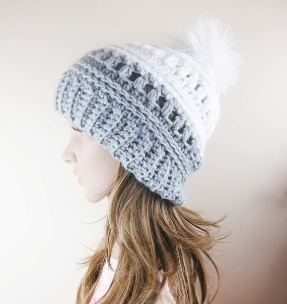 8bff08b26c7 Textured Beanie hat White and gray slouchy hat with fur pom