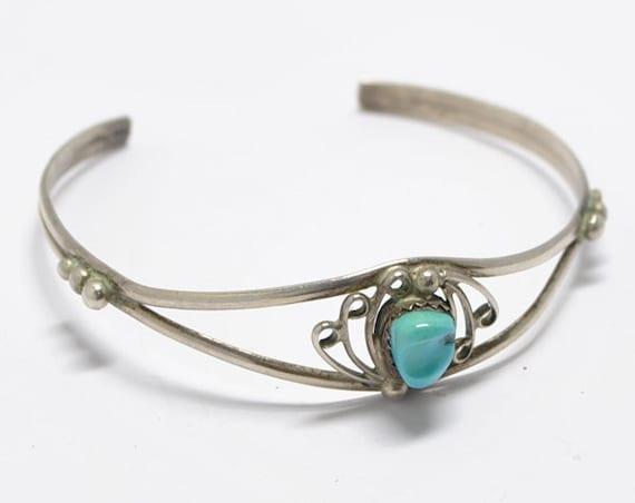 Bracelet en turquoise et argent