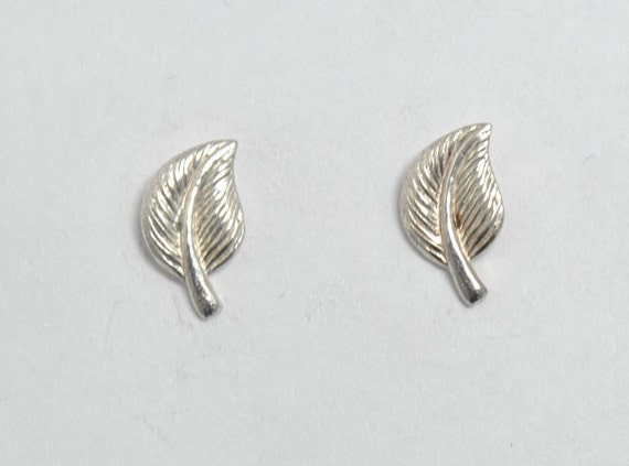 Leaf chips earrings , sterling silver