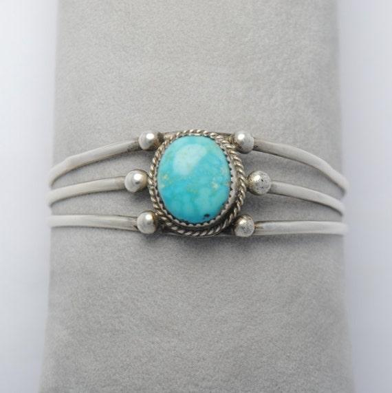 Bracelet manchette en argent et turquoise naturelle