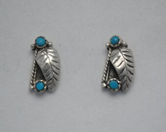 Small earrings turquoise vintage leaf motif and sterling silver