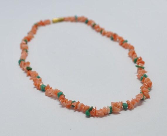 Collier en corail rouge et turquoise amérindienne