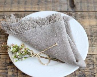Bulk linen fringed napkins, Farmhouse linen napkins, Rustic wedding napkins, Burlap cloth napkins, Natural linen napkins, Christmas napkins