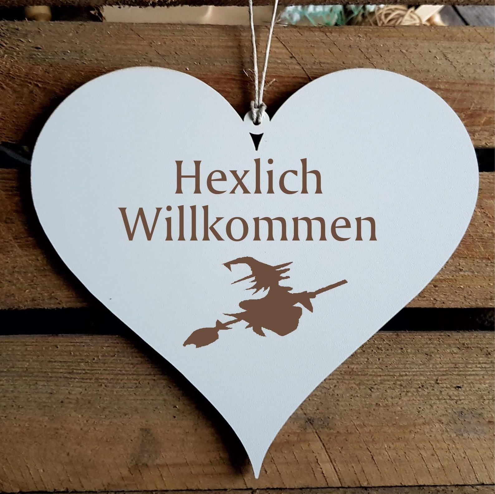 Sign HERZ «HEXLICH WILLKOMMEN»