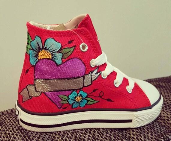 Emoji sneakersgraffiti converse graffiti sneakershi topsemoji shoespainted converse stylenot conversecanvas shoes