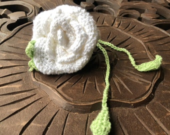 Medium Snow White Flamenco Crochet Rose Bag Corsage