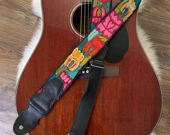 Heart's Delight Tulip Adjustable Black Leather Guitar Strap