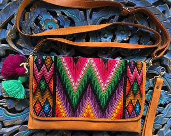 Watermelon Feathered Serpent Flemenco Clutch Natural Tan Leather Crossover Clutch with Shoulder Strap