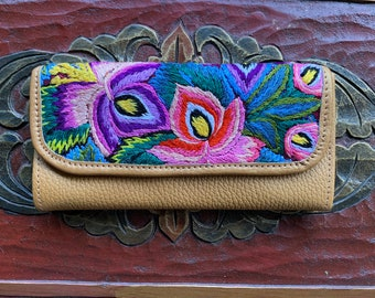 Mod Flowers Wallet Mermaid's Pearl Pure Gold Leather