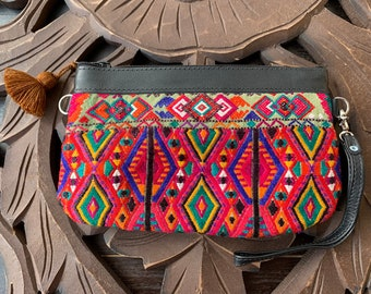 Medium Festival Clutch Diamomds Seeds with Black Leather and Wristlet Strap