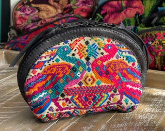 Prima Perfect Glam Clam Leather and Pouch - Butter Peacocks