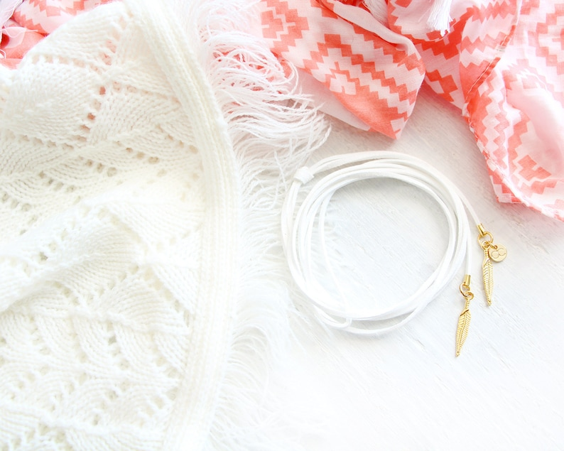 Pure necklace choker style white suede cord golden feather image 0