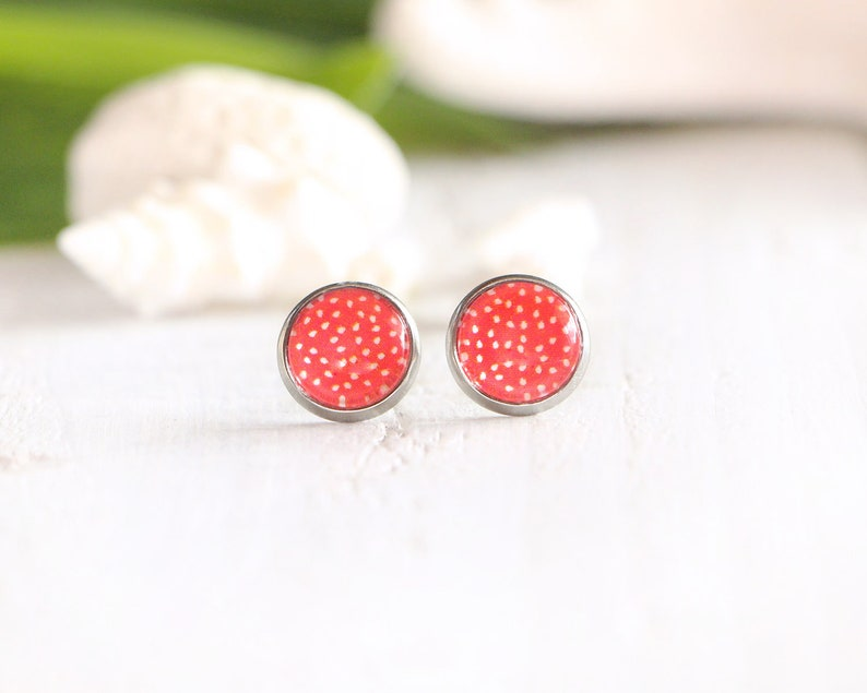Grenadine stud earrings red graphic pattern 10 mm stainless image 0