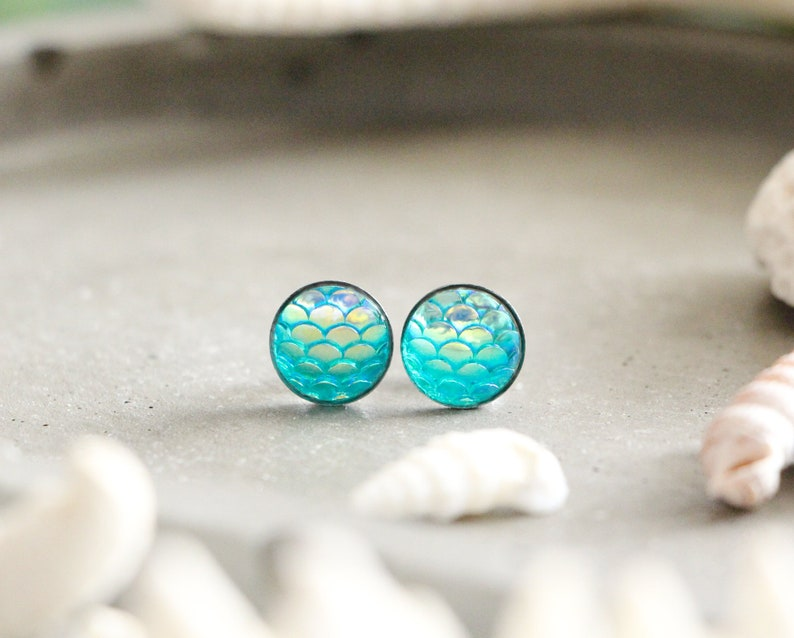 Mermaid stud earrings shiny blue scales pastilles 10 mm image 0