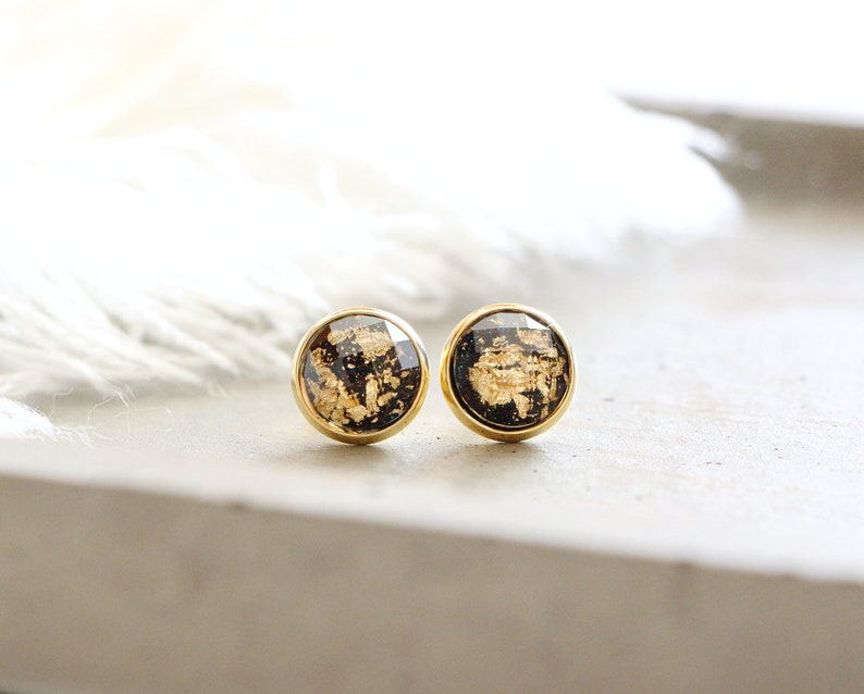 Abysse stud earrings shiny black with gold leaf 10mm image 0