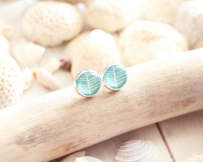 Palm Beach stud earrings green mint graphic pattern 10 mm image 0