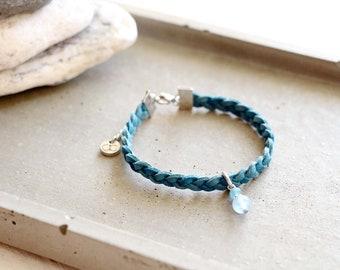 Bracelet Alexandrie, braided steel blue suede bracelet, bleu bead charm, stainless steel, travel inspiration, for women