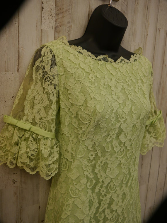 Darling Vintage 1960s Pastel Green Lace Sylvia Ann