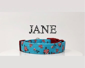 Floral Dog Collar | Red Flowers