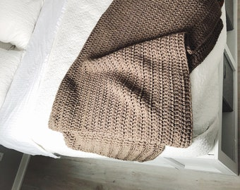 Taupe Chunky Throw Blanket