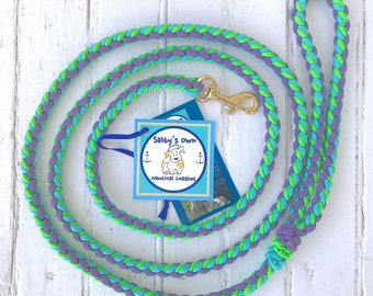 """Deluxe Small Dog Paracord Leash """"Lilacs"""""""