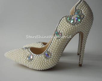 Sexy Fashion White Pearls Rhinestones Women Wedding Shoes Pointed Toes  Custom Bridal Shoes Women Pumps d4a7f9f73634