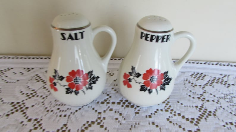 Red Poppy SaltPepper Shakers 5 Hall China Co