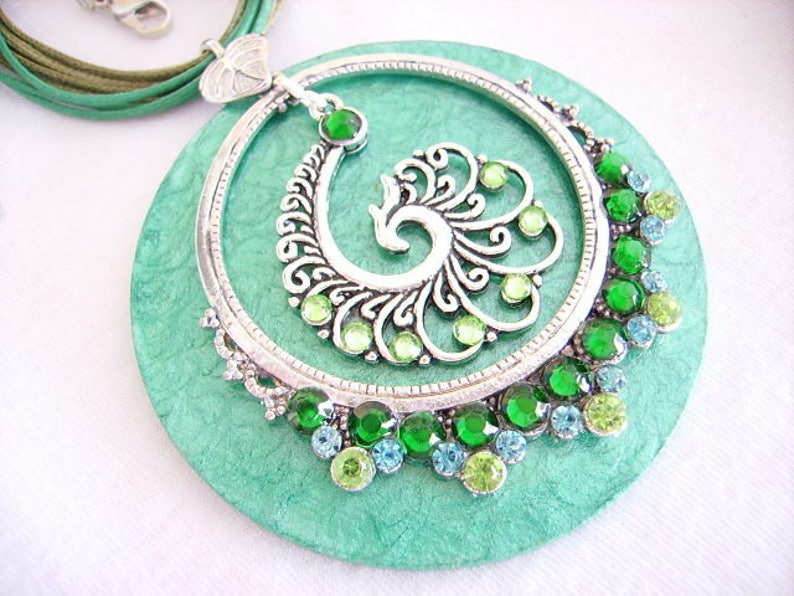 Rhinestones extension chain women/'s fashion Wood pendant necklace handmade ring waxed cotton cord whimsical jewelry print silver green