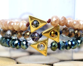Gold Triangle Beaded Bracelet / Triangle Bracelet / Stacking Bracelet / Geometric Bracelet / Multi Color Bracelet / Boho Bracelet