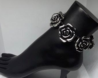 Black/Gray Flower Anklet