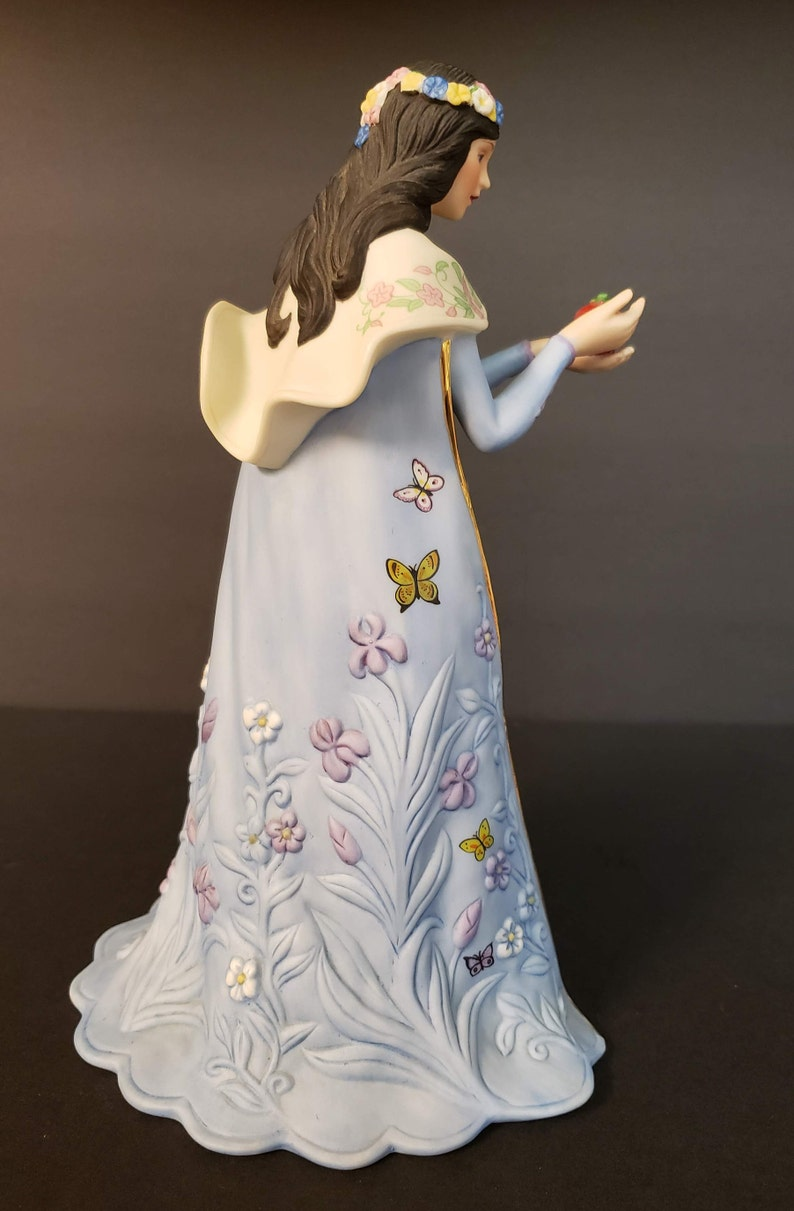 Legendary Princess Collection FANTASTIC Hand-Painted Bisque Porcelain Lenox SNOW WHITE 1989 Home Decor Fairy Tale Mint Condition!